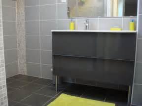 salle de bain gris et salle de bain gris et bleu salle de bain bleu et gris organisation d co