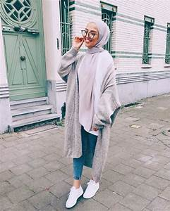 Hoodies and oversized sweaters with hijab u2013 Just Trendy Girls