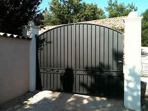 Portail Fer Forgé Plein : portail en fer plein portillon jardin sfrcegetel ~ Dode.kayakingforconservation.com Idées de Décoration