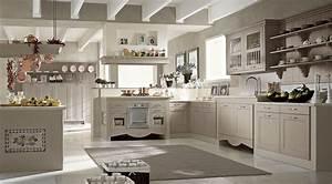 Credenze anticate per una cucina in perfetto stile shabby chic