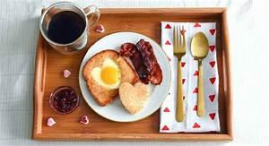 Frühstück Am Bett : romantisches fr hst ck im bett 3 k stliche schnelle rezepte ~ A.2002-acura-tl-radio.info Haus und Dekorationen