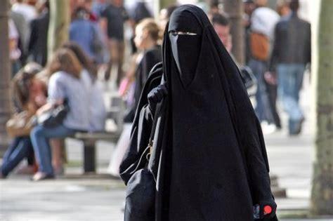burqa  de  controles  quelques polemiques