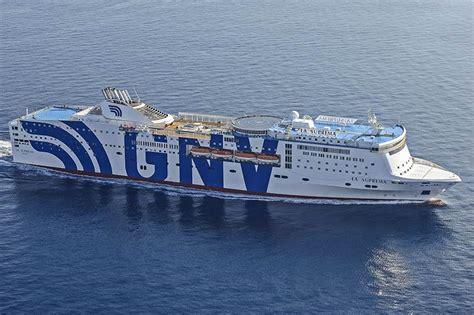 grandi navi veloci suprema la flotte gnv