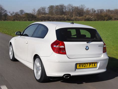 The switch from rwd to fwd for the new hatch is no bad thing. BMW 1 Series 3 doors (E81) specs & photos - 2007, 2008 ...