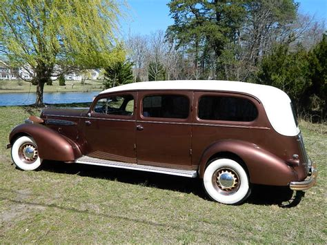 1935 Oldsmobile Limousine Sayers & Scovill Coachworks