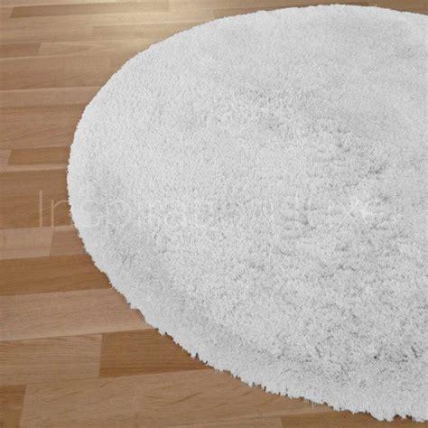 tapis rond sur mesure blanc 224 longues m 232 ches moelleux