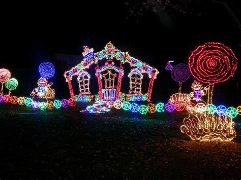 rock city enchanted lights rock city lights up lookout mountain at christmas this