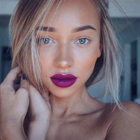 plum lips  tumblr