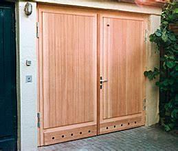 Garagentor Aus Holz : garagentor holz ~ Watch28wear.com Haus und Dekorationen