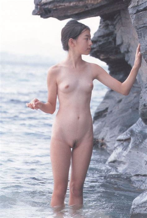 Satomi Hiromoto Uncensored