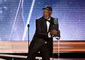 Morgan Freeman blasts man talking over his SAG Awards ...