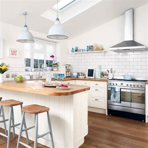 small kitchen design with breakfast bar small kitchen design ideas ideal home 9326
