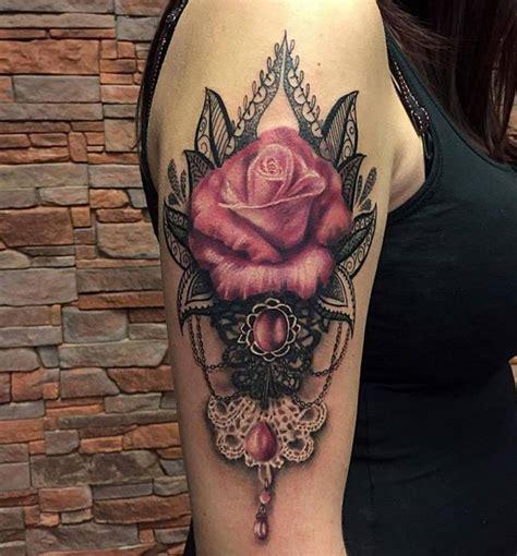 Significado da tatuagem de rosas significado das tatuagem