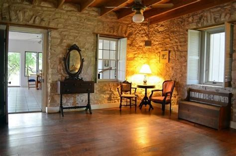 homes  sale fredericksburg tx