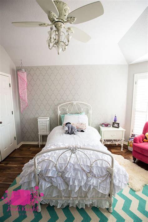 sassy  stenciled  tween room makeover