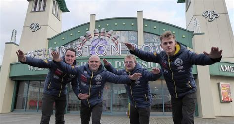 Yarmouth Scow by Airshow News Skydiving Soldiers Join The Great