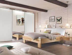 Schlafzimmer Betten Günstig : schlafzimmer aus massivholz g nstig kaufen ~ Markanthonyermac.com Haus und Dekorationen