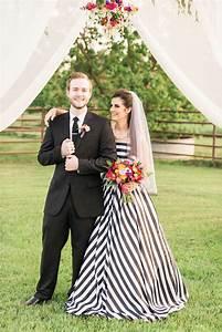 black and white striped bridesmaid dresses wwwpixshark With black and white striped wedding dress