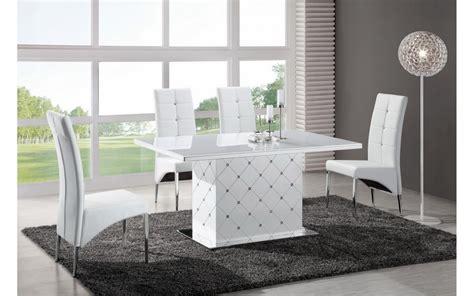 table 6 chaises table a manger avec 6 chaises noir et blanc look