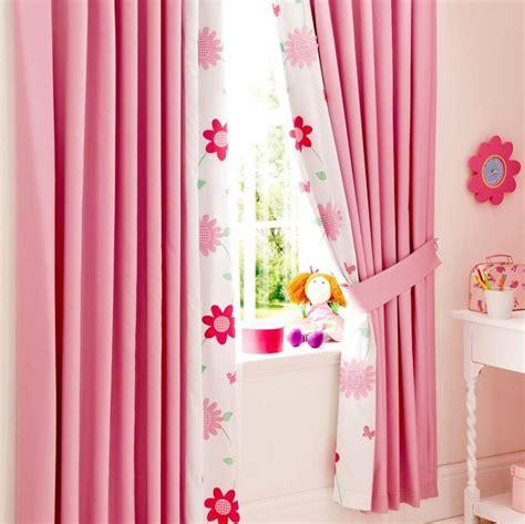 rideaux pour chambre b les 25 meilleures idées de la catégorie chambre d 39 enfants