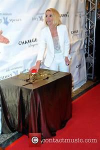 Britney Spears - Britney Spears promoting her lingerie ...