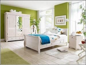 Schlafzimmer Im Landhausstil : schlafzimmer im landhausstil g nstig schlafzimmer ~ Michelbontemps.com Haus und Dekorationen