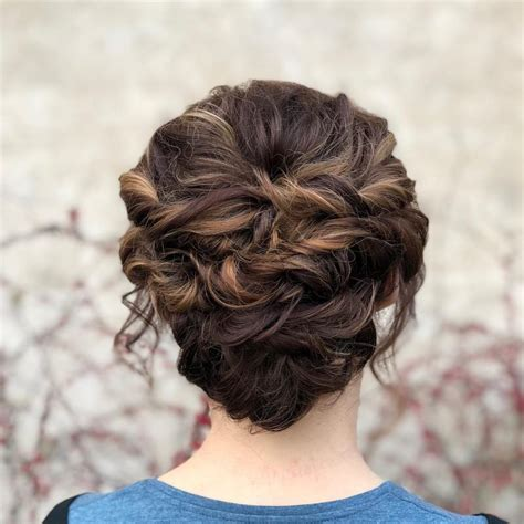 20 simple updos that are easy 2019 trends