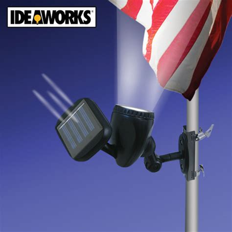 ideaworks solar powered flag pole light jb6200 new