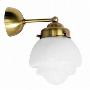 Wandleuchte Art Deco : wandleuchte mit gestuftem art d co opalglas casa lumi ~ Sanjose-hotels-ca.com Haus und Dekorationen