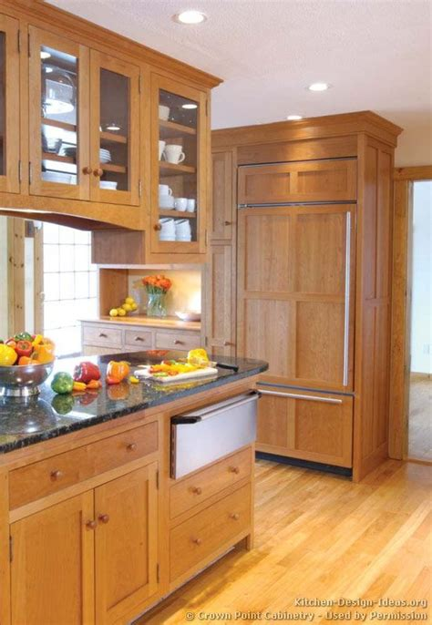 crown point kitchen cabinets 10 images about craftsman style kitchens on 6309