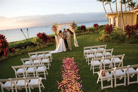 honeymoons  married  maui   royal