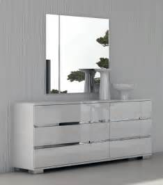 Set Of Mirrors by Dream Modern Bedroom Set