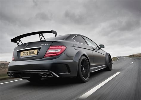 From 0 to 100 km/h in four seconds: MERCEDES BENZ C 63 AMG Coupe Black Series - 2011, 2012 ...