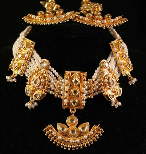 importance  indian gold jewelry