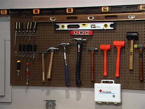 Essential Workshop Handtools Diy