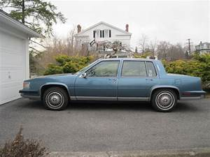 1985 Cadillac Fleetwood - Overview