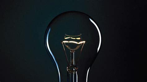 new energy efficient incandescent light bulbs mit s new incandescent light bulbs are more efficient than