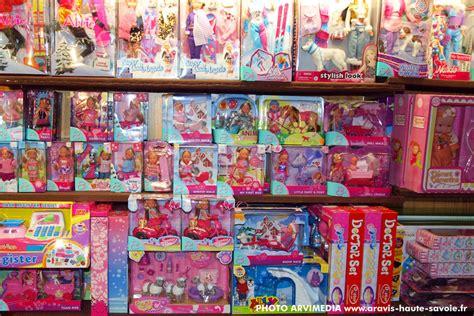 jouet de cuisine pour fille boutique magasin jouets souvenirs shirt domino la clusaz