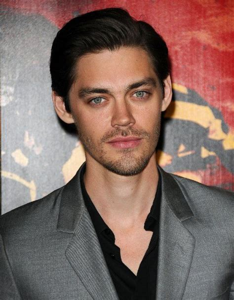 tom payne photos pictures photos of tom payne smokiiiiiin pinterest