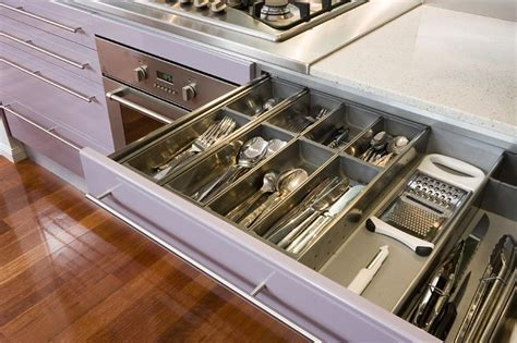 sigh . drawers used: ?Blum? orgaline Type F cutlery