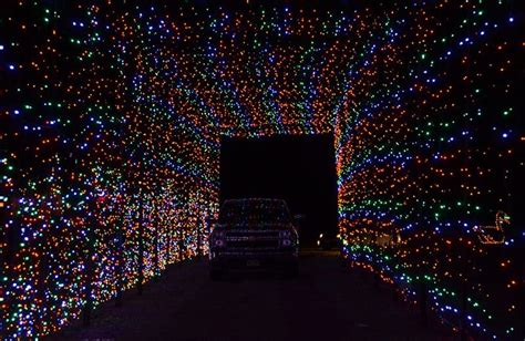 holiday lights drive through magic of lights at castrol