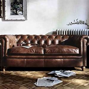 Sofa Chesterfield Style : chesterfield sofa furniture sofas on carousell ~ Cokemachineaccidents.com Haus und Dekorationen