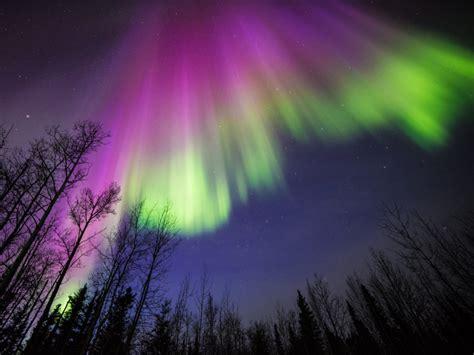 planets  auroras   works