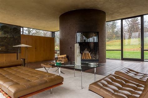philip johnson glass house  canaan  architect