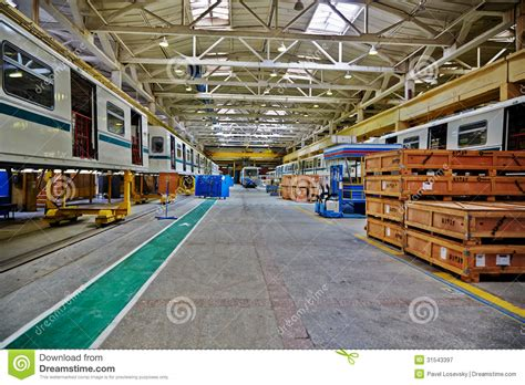floor shops shop floor at mytishchi metrovagonmash factory editorial