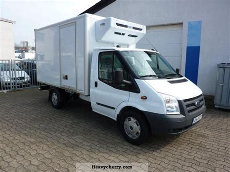 ford transit refrigerated    ride  standk
