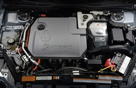 2011 Ford Fusion 4 Cylinder Fuse Box by Ford Fusion 2010 Engine Hybrid Img 4 It S Your Auto
