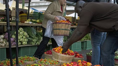 Appetites: Finding the freshest picks at the farmers ...