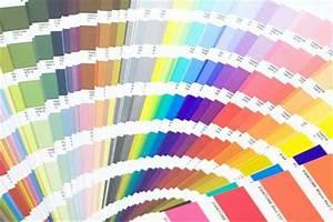 Barvy na malování stěn