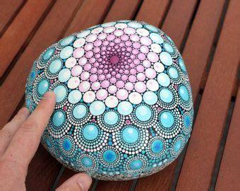 mandala steine bemalen summer painted mandala dotpainting steine bemalen steine und mandalas
